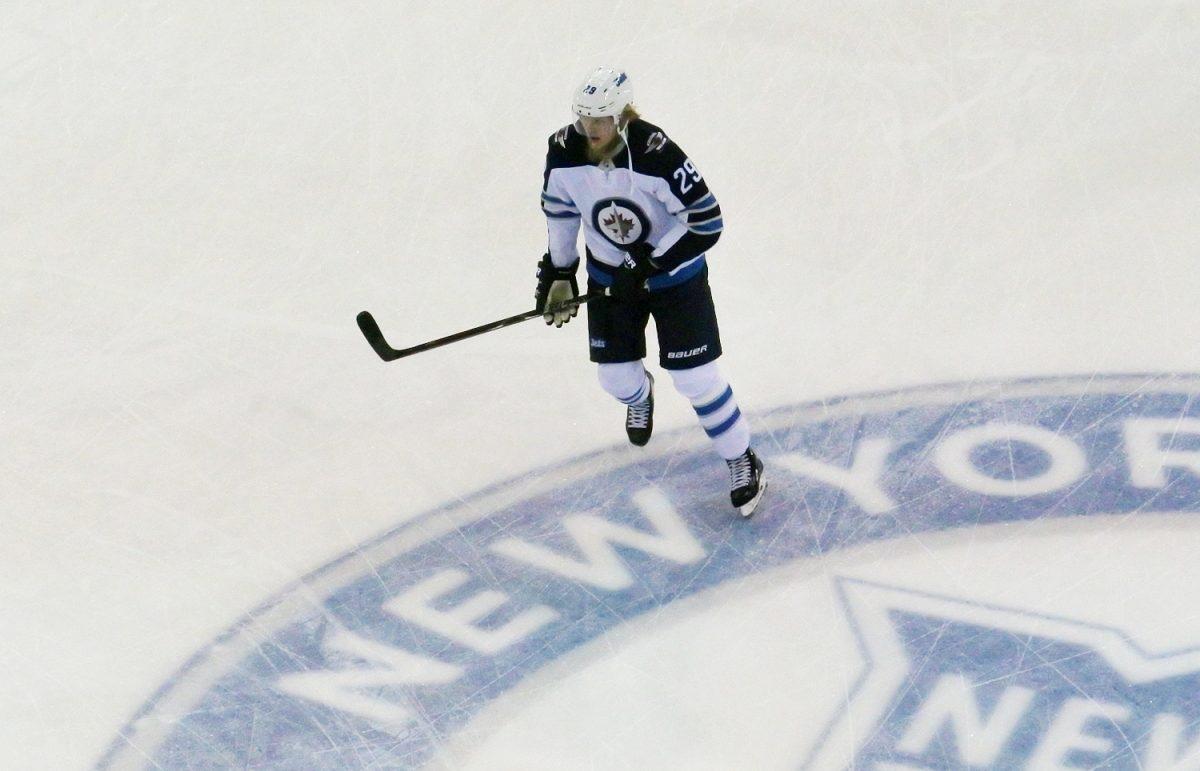 Tilastot kätkevät olennaisen – Winnipegin Patrik Laine tekee isoa NHL-kautta
